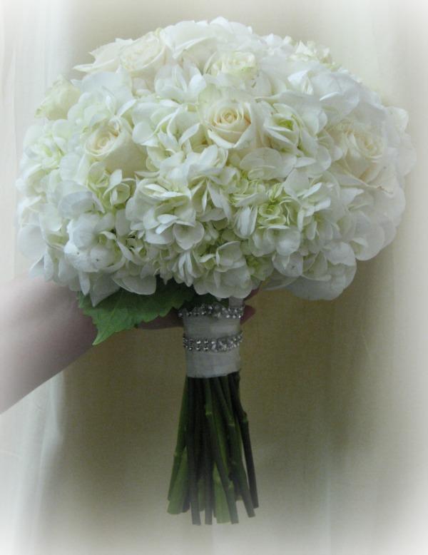 White Hydrangea and cream roses