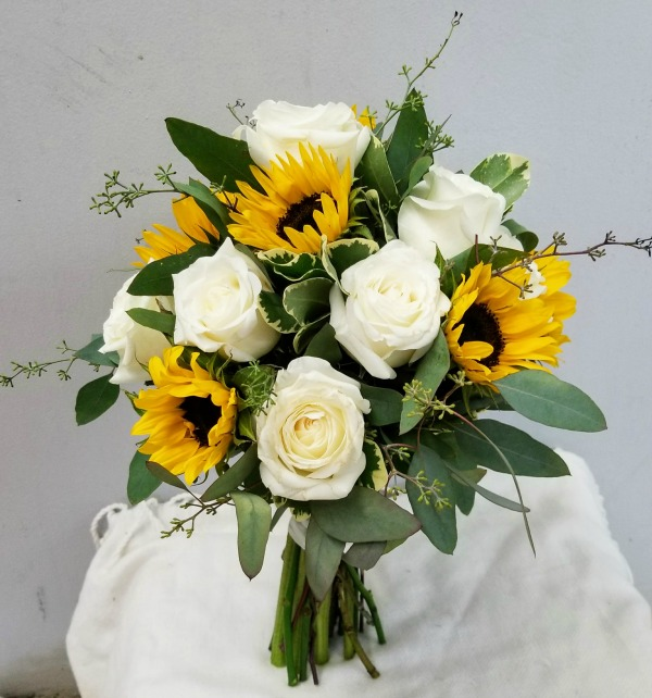 Sunflower And Rose Bouquets For Weddings Hd Image Flower And Rose