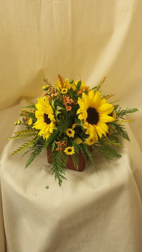 Sunflower Table Center